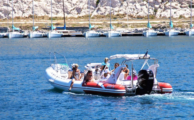 boat location discover park national calanques marseille business event